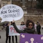 1 marzo. Manifestazione in difesa della legge sull'aborto